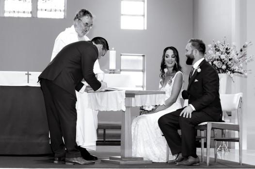 tweed heads wedding rachel pat kiss the groom-0489