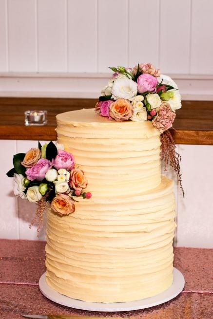 tweed heads wedding rachel pat kiss the groom-0816