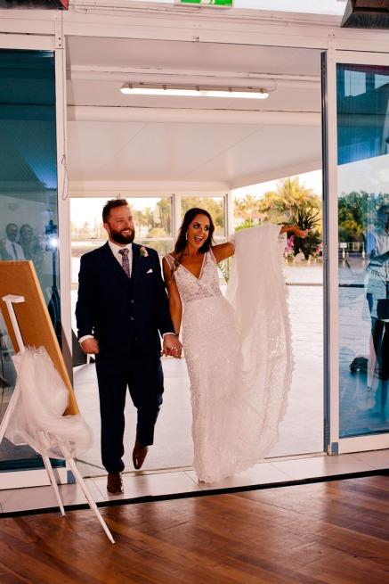 tweed heads wedding rachel pat kiss the groom-0838