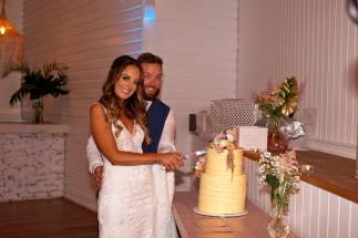 tweed heads wedding rachel pat kiss the groom-0865